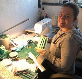 Tamara Stöpler hat das Schnittmuster für die Mundschutz-Masken entworfen.