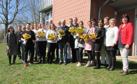 Erfolgreicher Abschluss von 8 Krankenpflegehelferinnen und -helfern