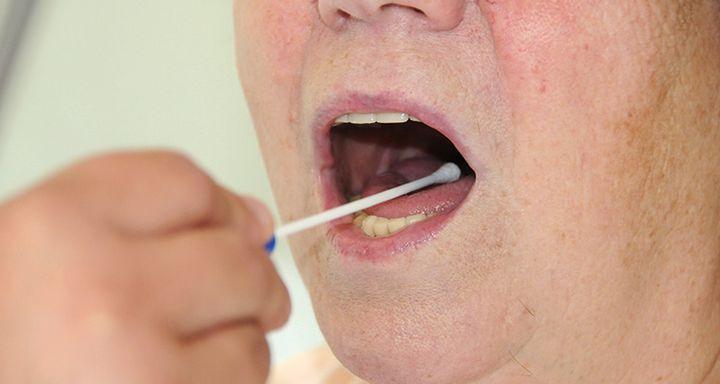 Für die effektive Bekämpfung von Keimen werden im Krankenhaus Eichhof alle Patienten bei der Aufnahme einem Screening unterzogen.