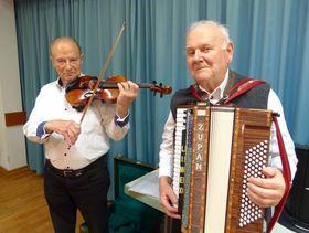 Theofried Leipert und Otto Bellinger sorgten für die musikalische Begleitung.