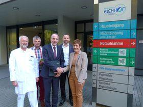 Als einen für beide Seiten fruchtbaren Besuch werteten (von links) Dr. Tomislav Kalem, Berthold Remiger, Dr. Christof Erdmann, Dr. Mirnes Selimovic und Dr. Sanja Jakelic den intensiven Erfahrungsaustausch am Krankenhaus Eichhof.
