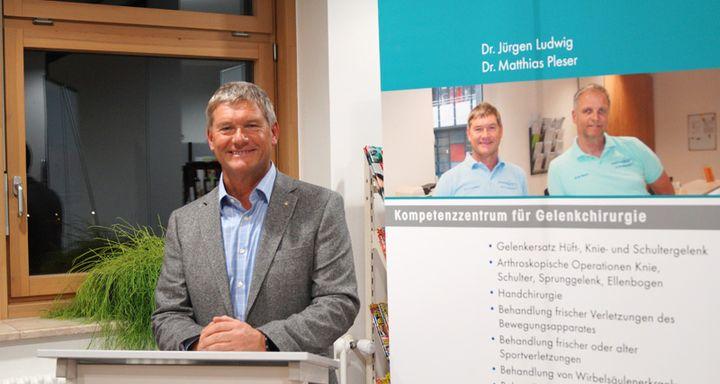 Im Anschluss nahm sich Dr. Jürgen Ludwig ausführlich Zeit, die zahlreichen Fragen aus dem Auditorium zu beantworten.