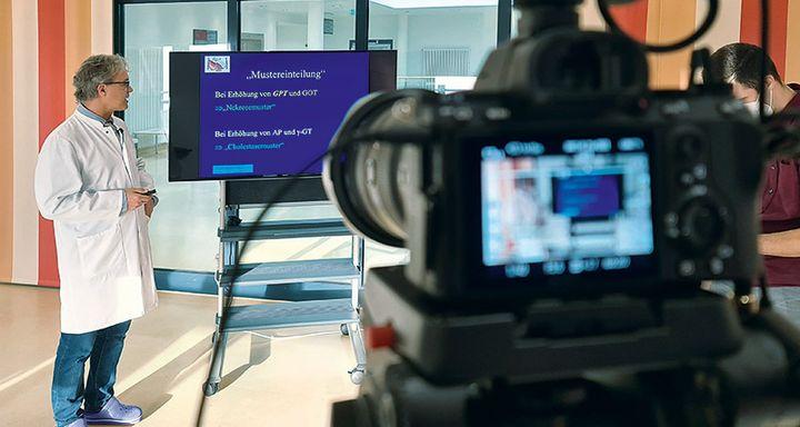 Online-Vortrag im Krankenhaus Eichhof mit Chefarzt Dr. Johannes Roth