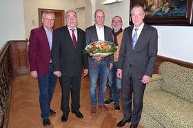 Der neue Chefarzt der Abteilung Psychiatrie und Psychotherapie am Krankenhaus Eichhof Dr. Friedrich Jungblut (Mitte)