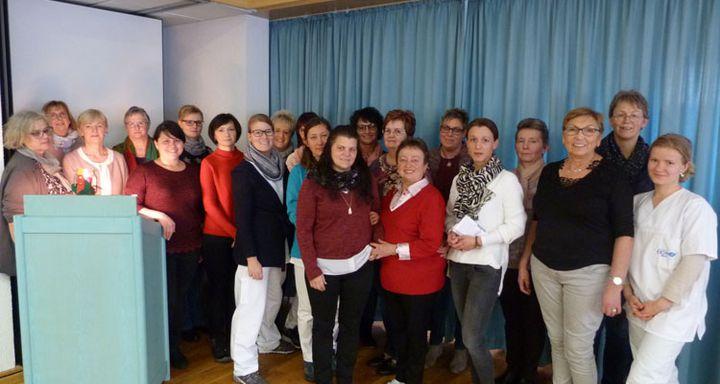 Das Team der Sozialstation Eichhof um Pflegedienstleitung Serpil Memic (5. von rechts).