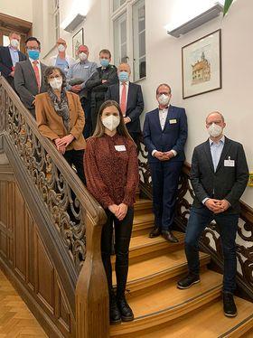 Mitglieder des COVID-Krisenstabes am Krankenhaus Eichhof und die Wiesbadener Delegation des HMSI begrüßten unisono den konstruktiven Austausch zur Lage der Situation im ländlichen Raum am Beispiel Lauterbach.