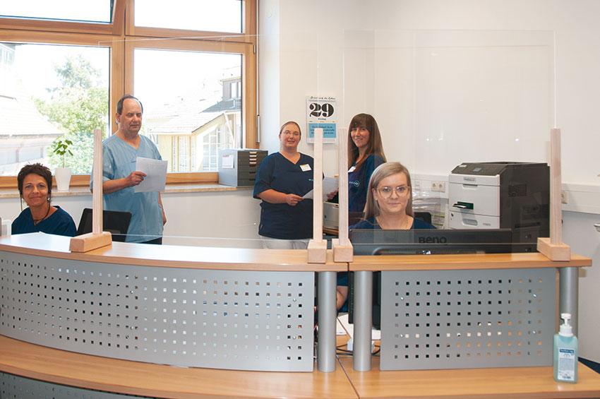 Carmen Renker, Josef Wzatek, Pamela Kares, Stefanie Althaus, Olga Weizel (von links)